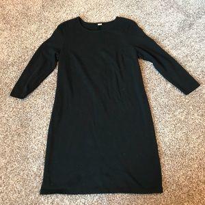 Old Navy • Black Shift Dress