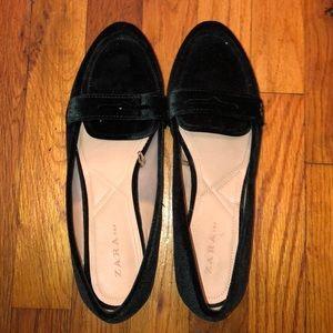 Zara green velvet loafers size 42/ 11