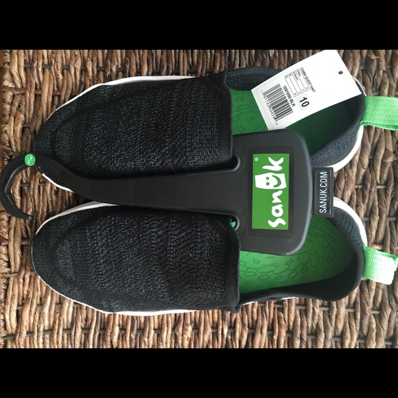 b35574875072a Chiba Quest Sanuk unisex Shoes NWT