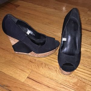 Black and cork wedge heels. Mossimo