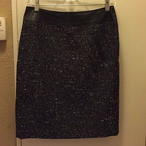 Black and silver skirt with leather trim!