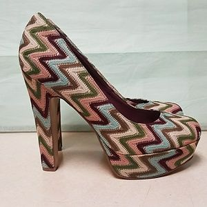 Madden Girl 5.5 inch pumps
