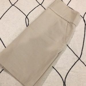 Banana Republic sz 6 stretch w pockets skirt
