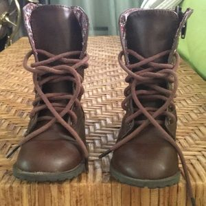 Cherokee boots size 8 (toddler girl)