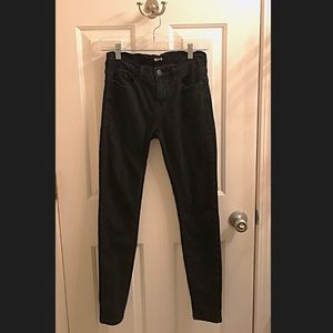 Urban Outfitters BDG Mid Rise Twig Skinny Jean