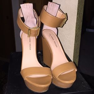 Julianne Hough for Sole Society Tate size 7.5