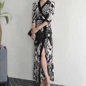Dresses & Skirts - NWT maxi wrap dress