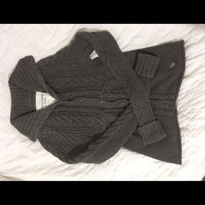 Abercrombie & Fitch knit button up sweater
