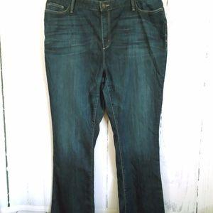 Eddie Bauer  Boot Cut jeans Fit Natural size 20T