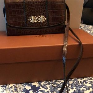 Brighton wallet with low no cross body strap