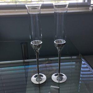 Vera Wang set of champagne flutes