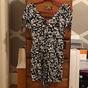 NWT Express Floral Romper