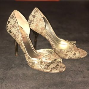 Guess Heels size us 4.5-5, euro 35