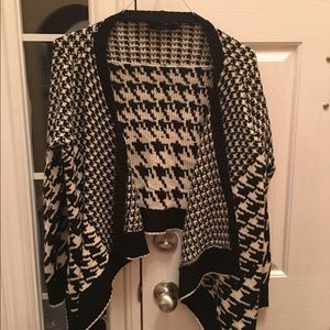 Forever 21 Houndstooth High low cardigan