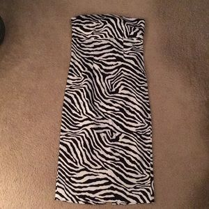 Strapless zebra pencil skirt dress with slit