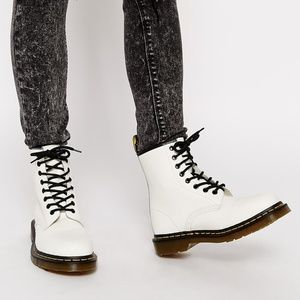 White smooth Dr Martens size 8