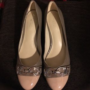 Naturalizer N5 Comfort NWOT beige and taupe pumps