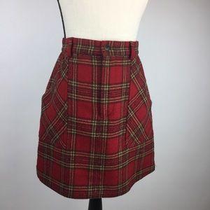 Banana Republic mini skirt. Size 4 wool blend.