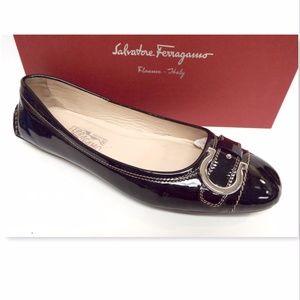 FERRAGAMO Logo Buckle Black Leather Ballet Flats