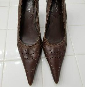 Aldo pointy shoe pumps size 8