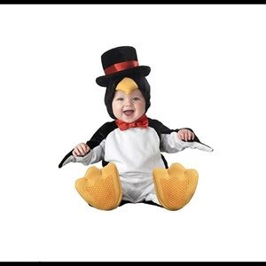 Penguin costume 12-18mo