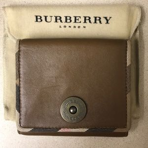 Women's leather wallet - never used