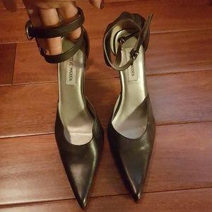 Steve Madden Black high heels NWOT