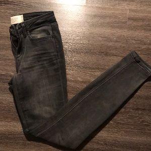 NWOT Rachel Roy Skinny Jeans