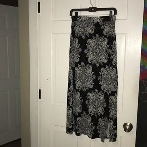 •Charlotte Russe• black and white Maxi