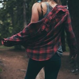 UO // red plaid flannel cotton shirt