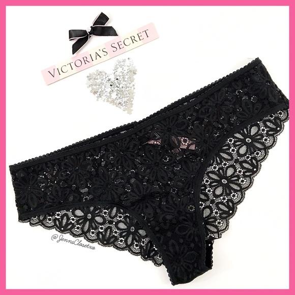 c5b4d1521ad06 •Victoria's Secret• Daisy Lace Cheeky Panty
