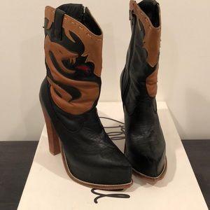 Jeffrey Campbell Serpent Leather Cowboy Boots 8