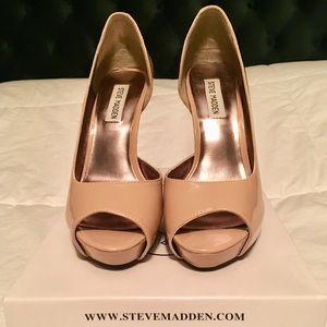 Steve Madden Emele Nude Heels Size 8.5
