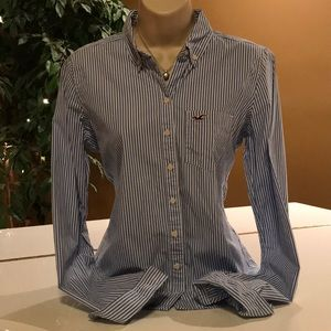 💙❄️BEAUTIFUL HOLLISTER BUTTON DOWN❄️💙