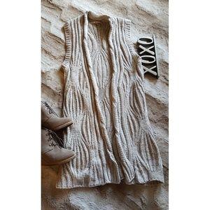 CAbi vest / cardigan