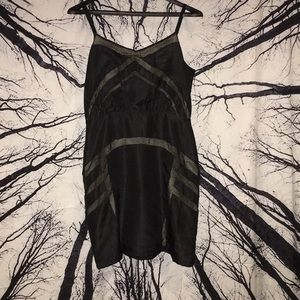 Silence + noise sz 6 black mesh overlay dress