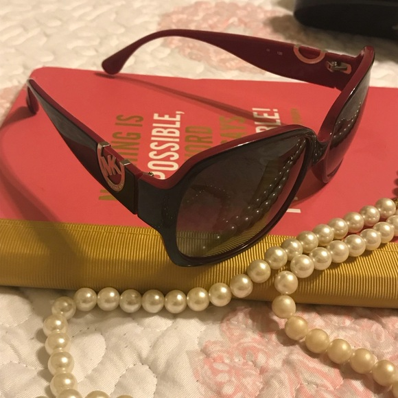 "17dc556f84f30 Gorgeous sunglasses! Michael Kors ""Grenadines"". M 5a1236224e8d17be300aedf0"