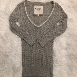 Abercrombie & Fitch grey cable knit sweater