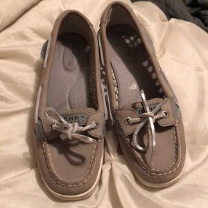 Shoes- women's sperry's.