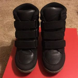ShoeDazzle
