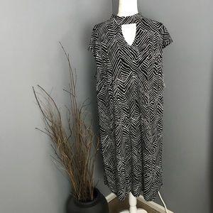 INC Black & White Zig Zag Sheath Dress w/Cut Out