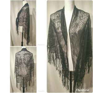 Vintage Black Lace Women's Shawl
