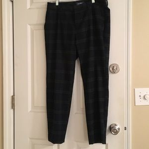 Old Navy dress pants | blue/green check | size 6