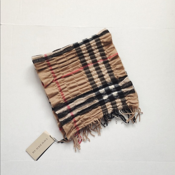3acd88bc2f8a Burberry Giant Check Vertical Quilted Scarf. NWT