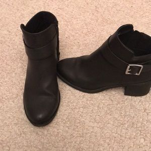 Black H&M boots (worn once)