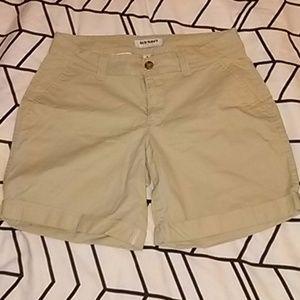 Old navy khaki shorts small