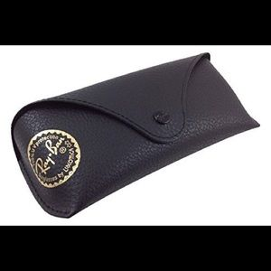 🔴Ray ban case with cleaning cloth