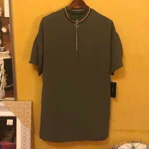 Shift dress with short bell sleeves by Zara