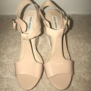 Size 10 Nude Steve Madden Wedge