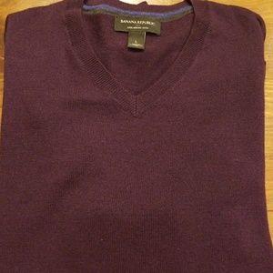 Banana Republic Men's V-Neck Sweater